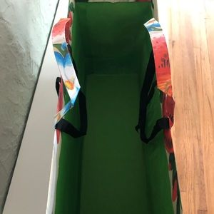 Gucci Bags - Gucci jumbo shopping bag